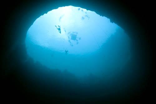 "perierga.gr - 5 εντυπωσιακές ""μπλε τρύπες"" στον κόσμο!"