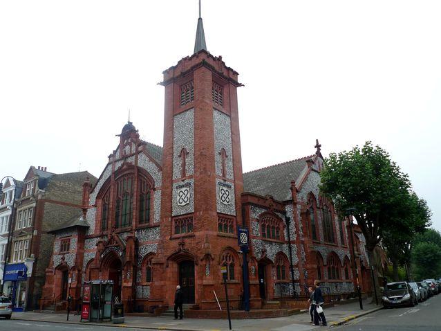 perierga.gr - 10 εκκλησίες που απέκτησαν διαφορετική χρήση