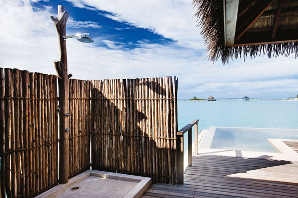 perierga.gr - Απίθανα υπαίθρια μπάνια ξενοδοχείων στον κόσμο!