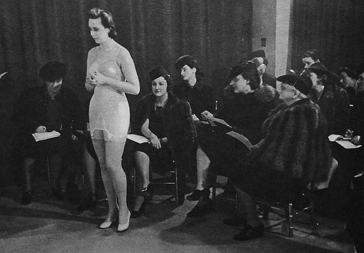 perierga.gr - 100 χρόνια γυναικείων εσωρούχων σε 3 λεπτά!