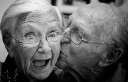 perierga.gr - «Ο πρώτος άνθρωπος που θα ζήσει 135 χρόνια έχει ήδη γεννηθεί»!