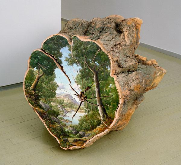 perierga.gr - Κομμένοι κορμοί δέντρων γίνονται καμβάδες ζωγραφικής!