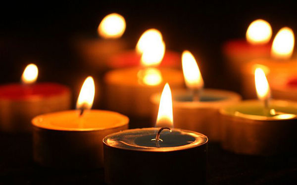 perierga.gr - Προσευχή συνεχίζεται ασταμάτητα εδώ και 137 χρόνια!