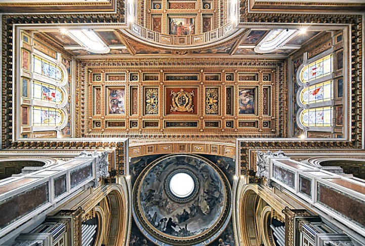 perierga.gr - Εντυπωσιακές οροφές εκκλησιών της Ρώμης!