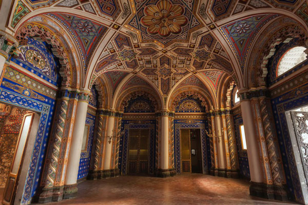 perierga.gr - Tο πιο όμορφο εγκαταλειμμένο κάστρο του κόσμου!
