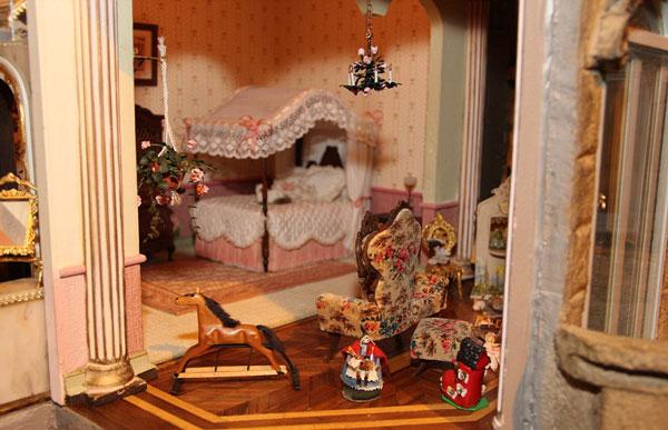 perierga.gr - Το πιο ακριβό κουκλόσπιτο κοστίζει περισσότερα από ένα κανονικό σπίτι!