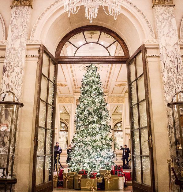 perierga.gr - Τα πιο γιορτινά ξενοδοχεία στον κόσμο!