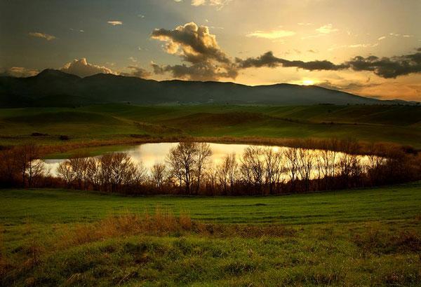 perierga.gr - Πανέμορφες λίμνες της Ελλάδας!