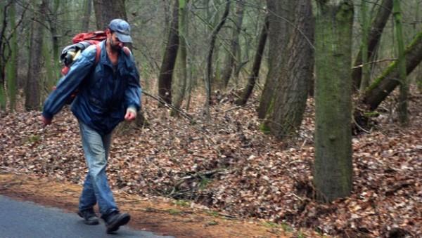 perierga.gr - Oδοντίατρος έζησε 15 χρόνια απομονωμένος στο δάσος!