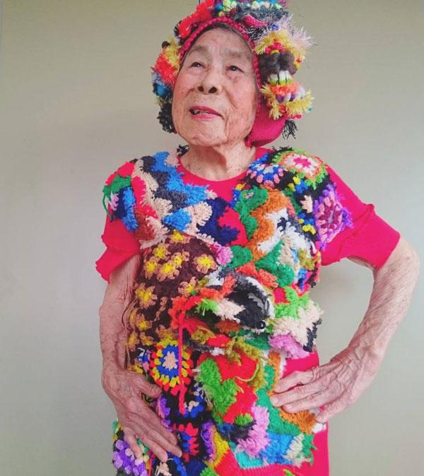 perierga.gr - Γιαγιά 93 ετών ποζάρει ως... μοντέλο!