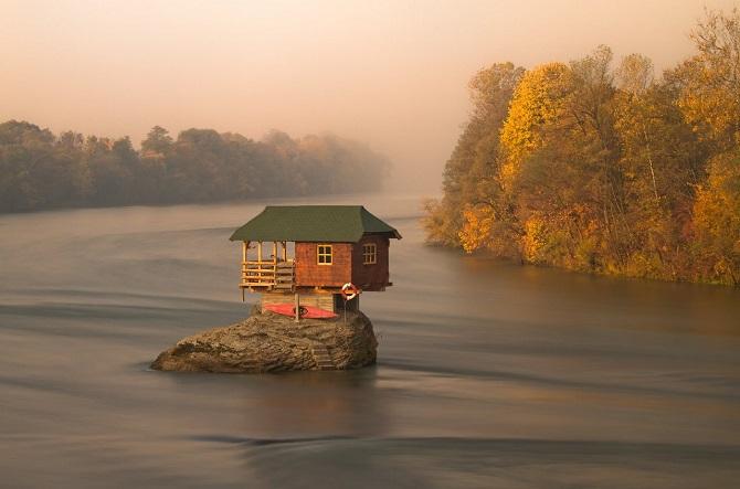 perierga.gr - Απομονωμένα σπίτια στον κόσμο!