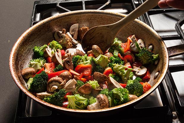 perierga.gr - Πιο θρεπτικά τα... τηγανητά από τα βραστά λαχανικά!