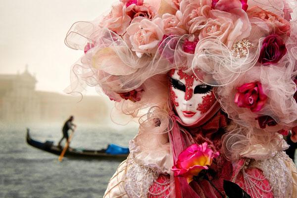 perierga.gr - Το καρναβάλι στη Βενετία ξεκίνησε!