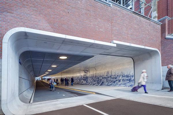 perierga.gr - Τούνελ ποδηλασίας και περιπάτου στο Άμστερνταμ!
