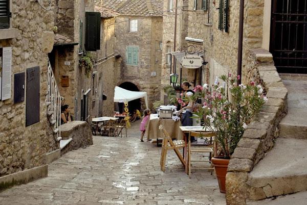 perierga.gr - Casale Marittimo: Ένα μικρό χωριό που... έμεινε στο Μεσαίωνα