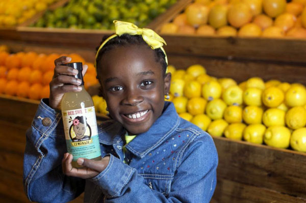perierga.gr - 11χρονη πούλησε τη σπιτική λεμονάδα της προγιαγιάς της και πλούτισε!