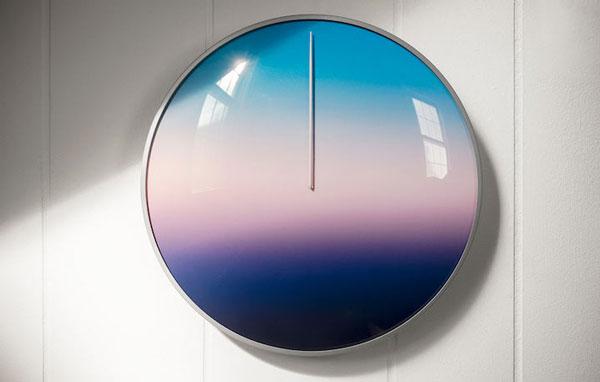 perierga.gr - Ρολόι δείχνει την ώρα ανάλογα με το χρώμα της κάθε στιγμής!