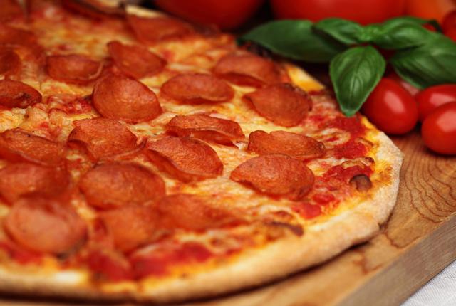 perierga.gr - Η πίτσα βοηθά στην απώλεια βάρους!