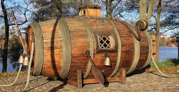 perierga.gr - Το πρώτο υποβρύχιο ήταν ένα... βαρέλι!
