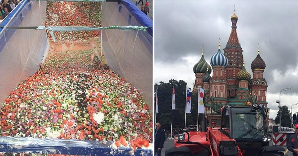 perierga.gr - Η μεγαλύτερη χωριάτικη σαλάτα φτιάχτηκε στη Μόσχα!