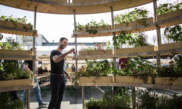 """perierga.gr - Growroom: Μια """"πράσινη"""" σφαίρα στο κέντρο της πόλης!"""