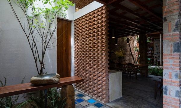 perierga.gr - Σπίτι στο Βιετνάμ γεμάτο αληθινά δέντρα!