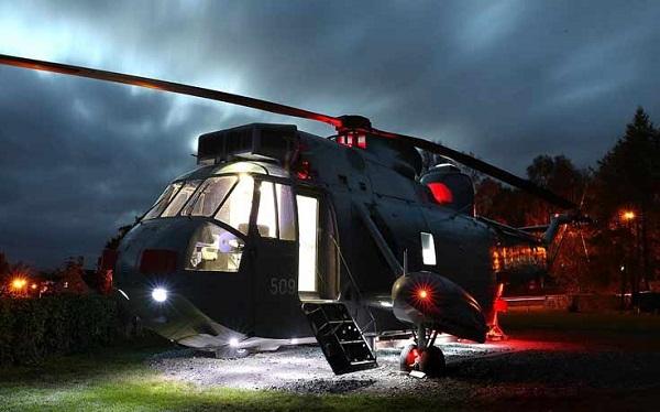 perierga.gr - Βρετανικό ελικόπτερο μεταμορφώθηκε σε... ξενοδοχείο!