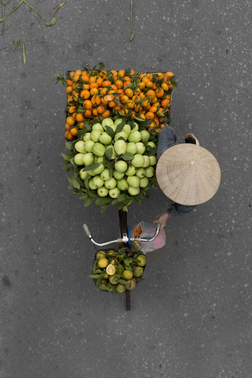 perierga.gr - Υπέροχες εικόνες μικροπωλητών με τις πραμάτειες τους!