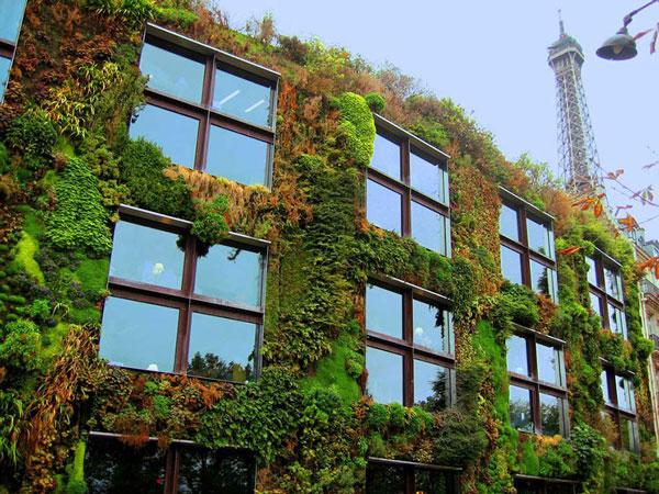 perierga.gr - Το Παρίσι... μεταμορφώνεται σε τεράστιο κήπο!