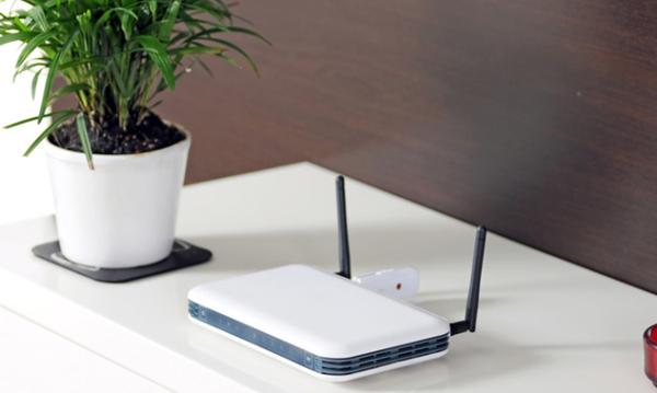 Perierga.gr-Ακτινοβολία στο σπίτι: Τι ισχύει με Wi-Fi, κινητά και ασύρματα – Κανόνες προστασίας