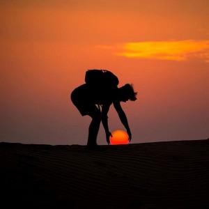 perierga.gr - Παίζοντας με τον ήλιο και το φεγγάρι!