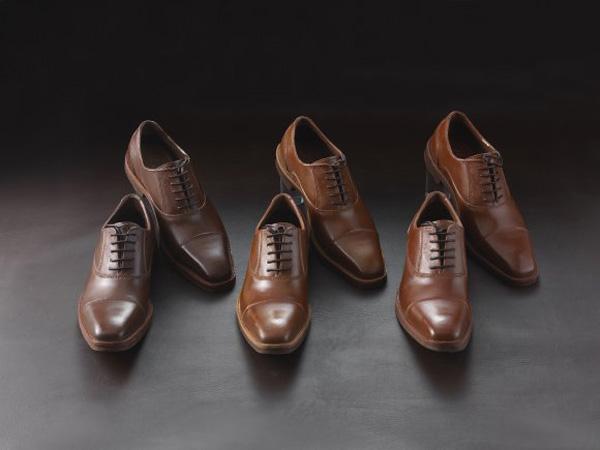 """Perierga.gr-Ρεαλιστικά """"σοκολατένια"""" παπούτσια"""" στοιχίζουν περισσότερο από δερμάτινα"""