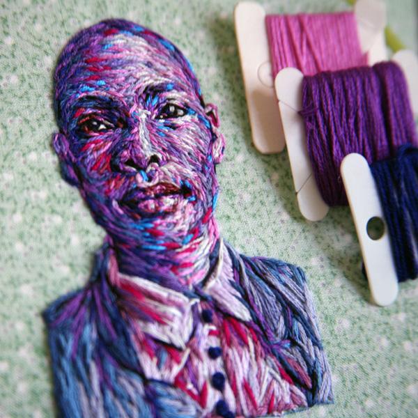 Perierga.gr-Πολύχρωμα πλεκτά πορτρέτα από την Danielle Clough
