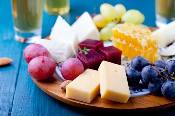 perierga.gr - Οι λάτρεις του τυριού ζουν περισσότερο!