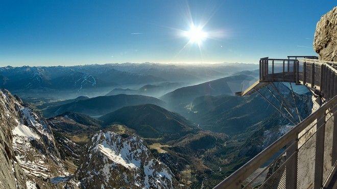 perierga.gr - Κοιτώντας από ψηλά η θέα κόβει την ανάσα...