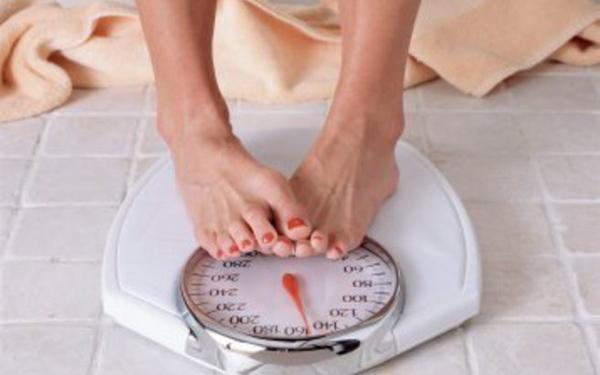 Perierga.gr-H έμμεση έκθεση σε αυτή επιδρά αρνητικά στην ορμονική λειτουργία, οδηγώντας σε ποικίλες αρνητικές εκβάσεις για την υγεία και στην αύξηση του σωματικού βάρους.