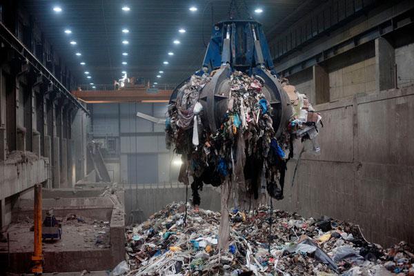 perierga.gr- Η Σουηδία κάνει τόσο καλή ανακύκλωση που της τέλειωσαν τα σκουπίδια και εισάγει!