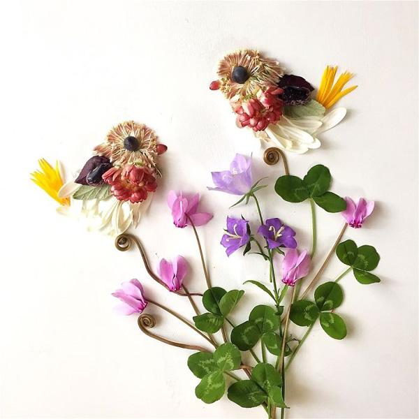Perierga.gr-Καλλιτέχνης χρησιμοποιεί φυτά ως υλικά για πίνακες ζωγραφικής