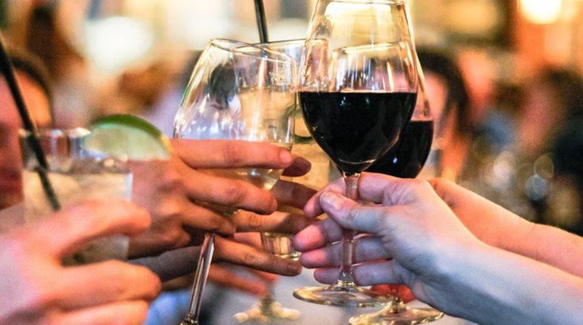perierga.gr - Το αλκοόλ ανοίγει την όρεξη!