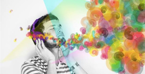 Perierga.gr-Ένας στους πέντε ανθρώπους ακούει ό,τι βλέπει