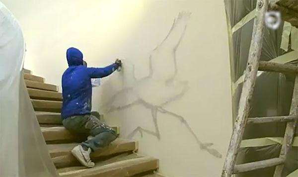 Perierga.gr-Καλλιτέχνης μεταμορφώνει τους τοίχους σε Τέχνη με γκράφιτι
