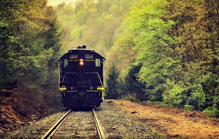 perierga.gr - Τρένα διασχίζουν υπέροχα τοπία