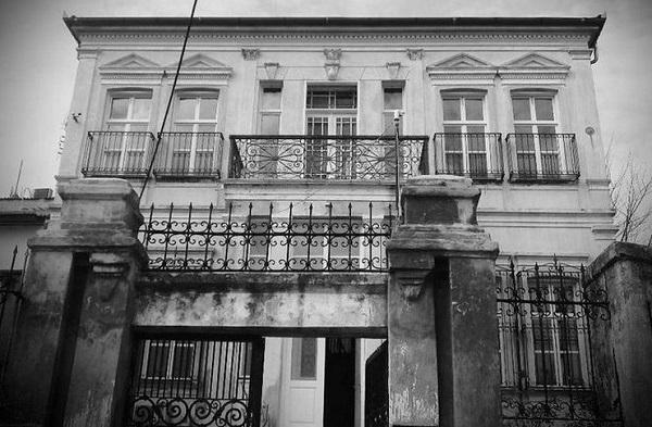 perierga.gr - Πώς γκρέμισαν τα νεοκλασικά της Αθήνας;