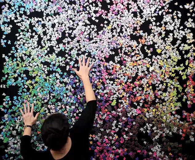 perierga.gr - Το παζλ με τα 5.000 χρώματα!