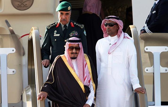 Perierga.gr - Ο βασιλιάς της Σαουδικής Αραβίας πήγε ταξίδι με 459 τόνους... αποσκευών!