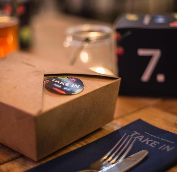 perierga.gr - Εστιατόριο επιτρέπει παραγγελίες από άλλα εστιατόρια!