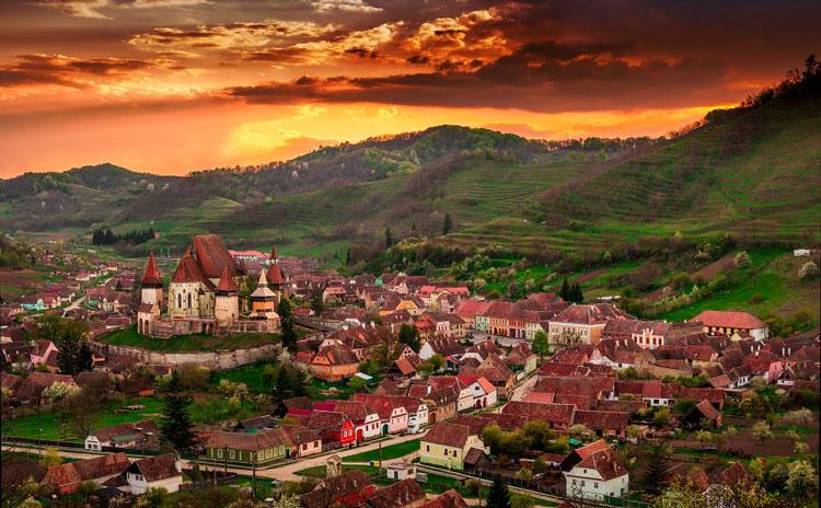 perierga.gr- Biertan: Ρουμάνικο χωριό με ένα μόλις διαζύγιο τα τελευταία 300 χρόνια!
