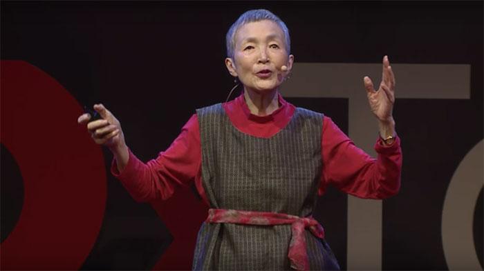 perierga.gr - 81χρονη έφτιαξε παιχνίδι για iPhone!