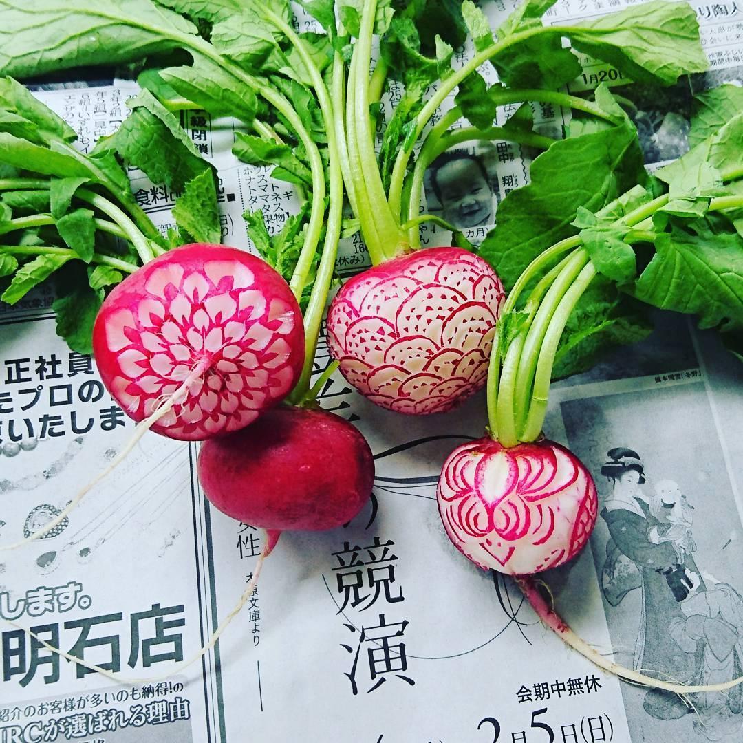 perierga.gr - Απίθανη γλυπτική σε φρούτα και λαχανικά!
