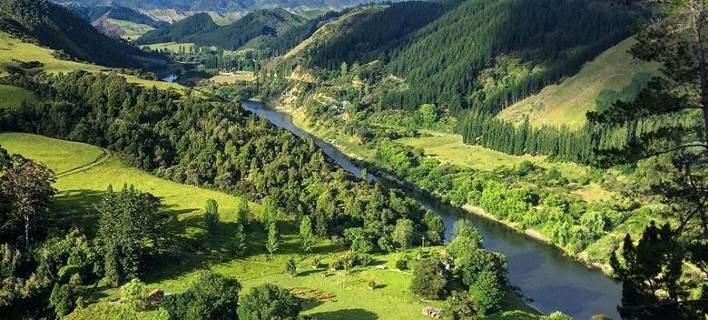 perierga.gr - Το πρώτο ποτάμι με... ανθρώπινα δικαιώματα στη Νέα Ζηλανδία!
